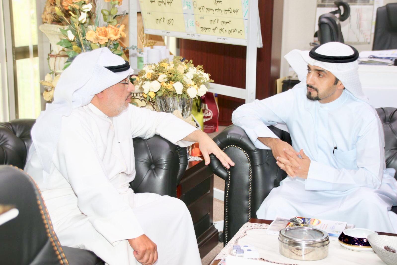 مشعل الهاجري مع رئيس هيئة الطرق والنقل البري المهندس احمد الحصان