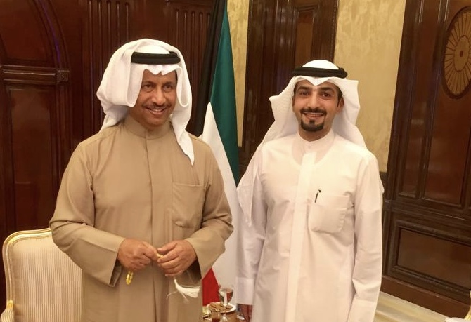 مقابلة سمو رئيس مجلس الوزراء الشيخ جابر المبارك للجنة التطوعية في مدينة المطلاع