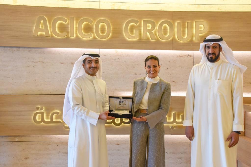 اللجنة مع نائب الرئيس التنفيذي لأسيكو المجموعة المهندسة/ غصون الخالد
